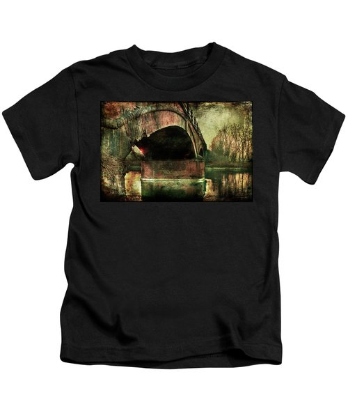 Bridge Over The Canal Kids T-Shirt