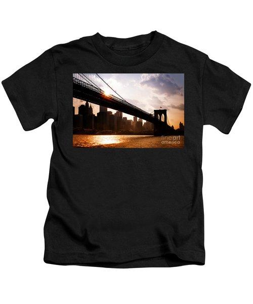 Brooklyn Bridge And Skyline Manhattan New York City Kids T-Shirt