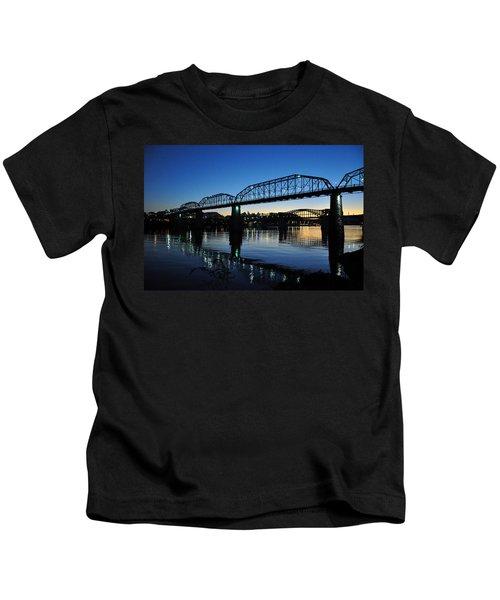 Tennessee River Bridges Chattanooga Kids T-Shirt
