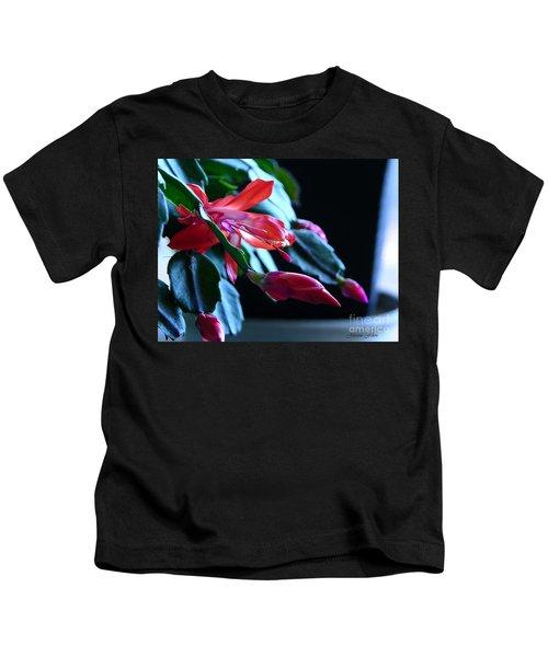 Christmas Cactus In Bloom Kids T-Shirt