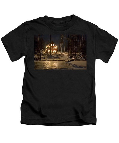 Cottage Country - Winter Kids T-Shirt