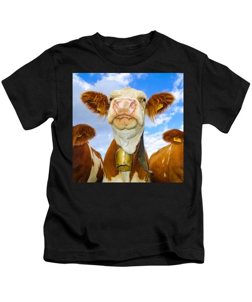 Cow Looking At You - Funny Animal Picture Kids T-Shirt