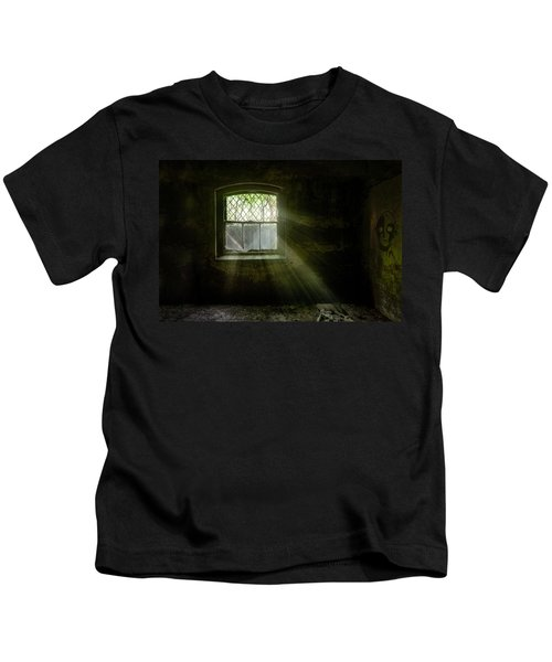 Darkness Revealed - Basement Room Of An Abandoned Asylum Kids T-Shirt