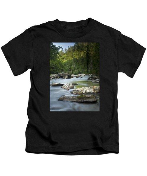 Daybreak In The Valley Kids T-Shirt