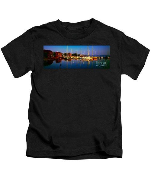 Daytona Beach Florida Inland Waterway Private Boat Yard With Bird   Kids T-Shirt