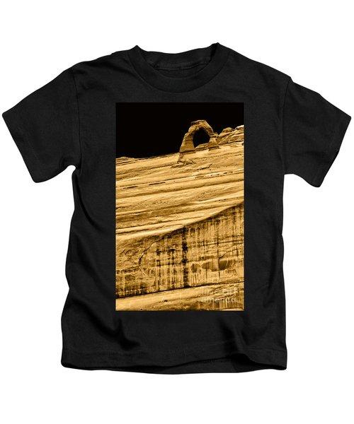 Delicate Arch Afar - Arches N.p. Kids T-Shirt