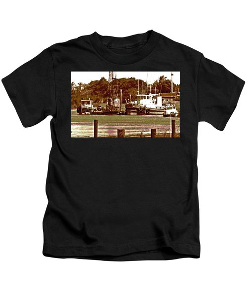 Delta Tug Boats At Work Kids T-Shirt