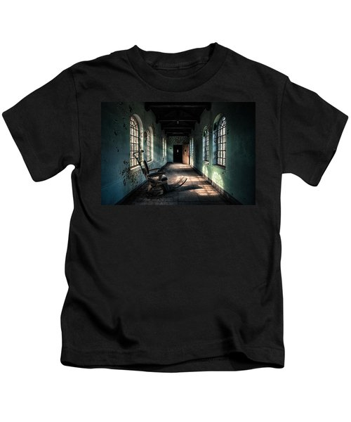 Dentists Chair In The Corridor Kids T-Shirt