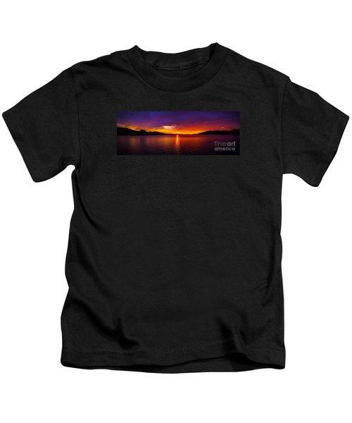 Dexter Lake Oregon Sunset 2 Kids T-Shirt