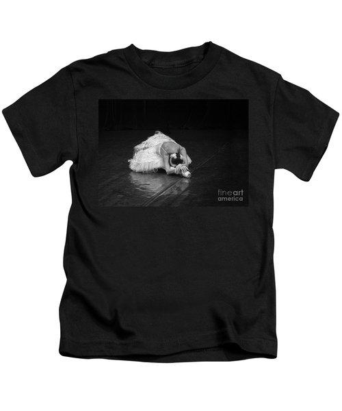 Dying Swan 4. Kids T-Shirt