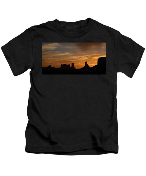 Early Sunrise Over Monument Valley Kids T-Shirt