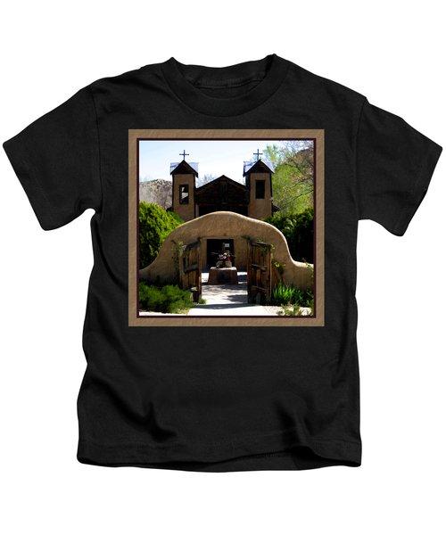 El Santuario De Chimayo Kids T-Shirt