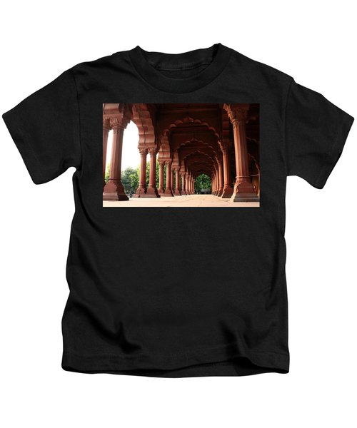 Engrailed Arches, Red Fort, New Delhi Kids T-Shirt