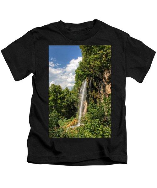 Falling Springs Falls Kids T-Shirt