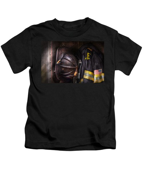 Fireman - Worn And Used Kids T-Shirt