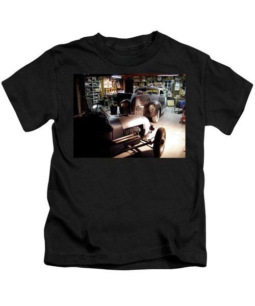 Garage Tour Kids T-Shirt