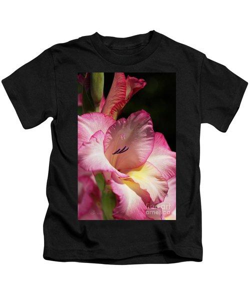 Gladiolus In Pink Kids T-Shirt