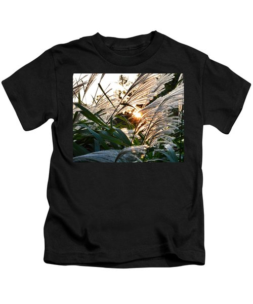 Glowing Pampas Kids T-Shirt