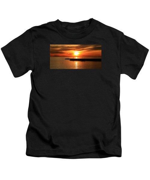 Gold Corona  Kids T-Shirt
