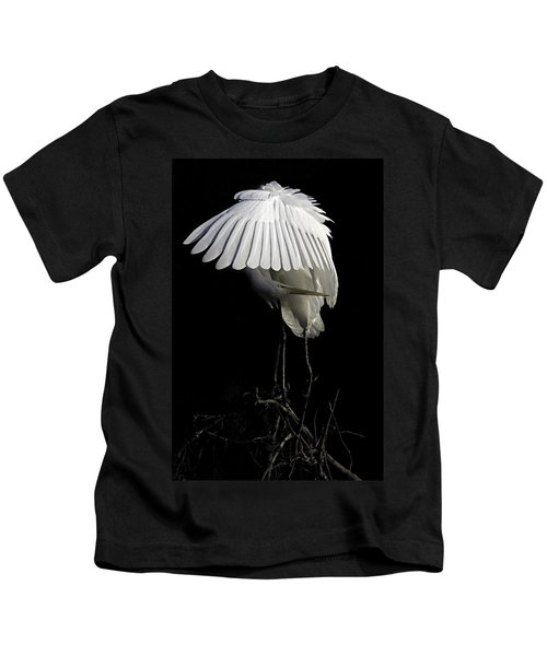 Great Egret Bowing Kids T-Shirt
