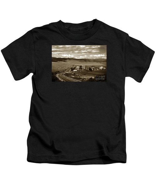 Hatton Ranch Carmel Valley From Highway One California  1945 Kids T-Shirt