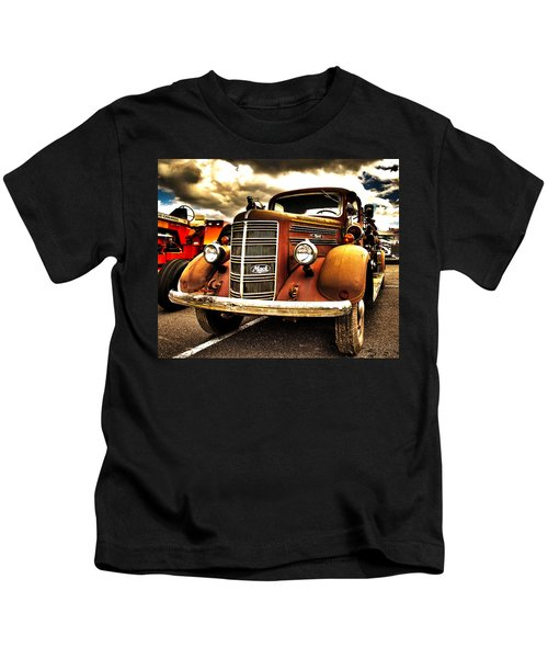 Hdr Fire Truck Kids T-Shirt
