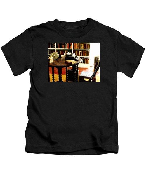 Hemingway's Studio Ernest Hemingway Key West Kids T-Shirt