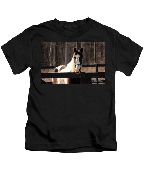 Horse At The Gate Kids T-Shirt