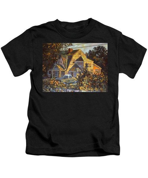 House In Christiansburg Kids T-Shirt