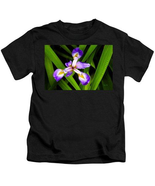 Iris Pinwheel Kids T-Shirt