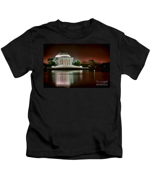 Jefferson Memorial At Night Kids T-Shirt