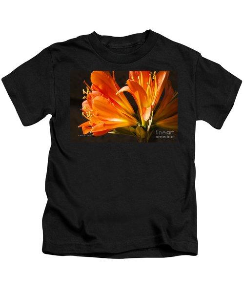 Kaffir Lily Glow Kids T-Shirt