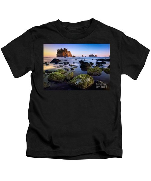 Low Tide At Second Beach Kids T-Shirt