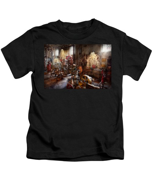 Machinist - A Room Full Of Memories  Kids T-Shirt