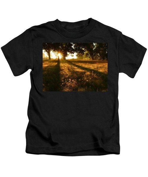 Majestic Oaks Sunrise Kids T-Shirt