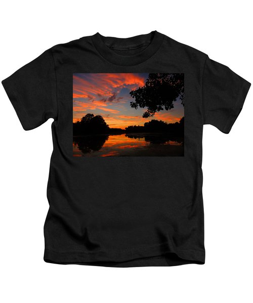 Marlu Lake At Sunset Kids T-Shirt