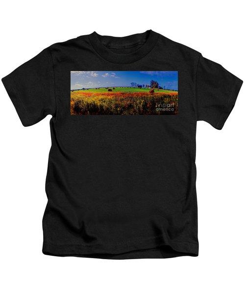 Michigan Uper  Farm Barn And Rolls Of Hay Brimly Michigan Kids T-Shirt