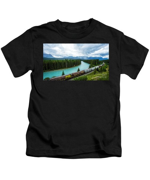 Morant's Curve Bow Valley Banff National Park Canada Kids T-Shirt