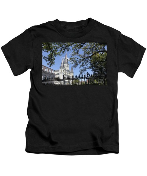 St Louis Cathedral In New Orleans New Orleans 18 Kids T-Shirt
