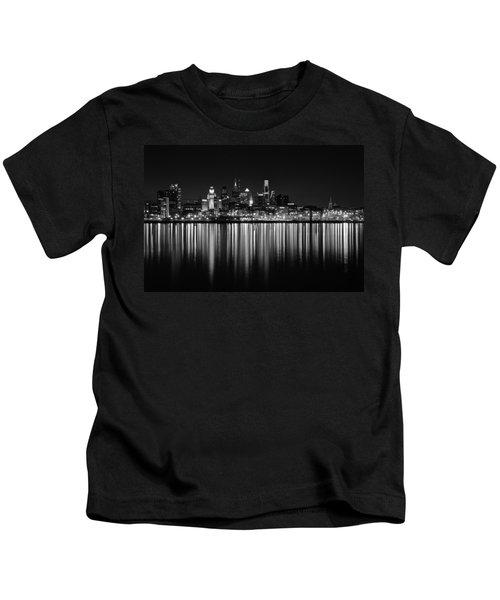 Nightfall In Philly B/w Kids T-Shirt