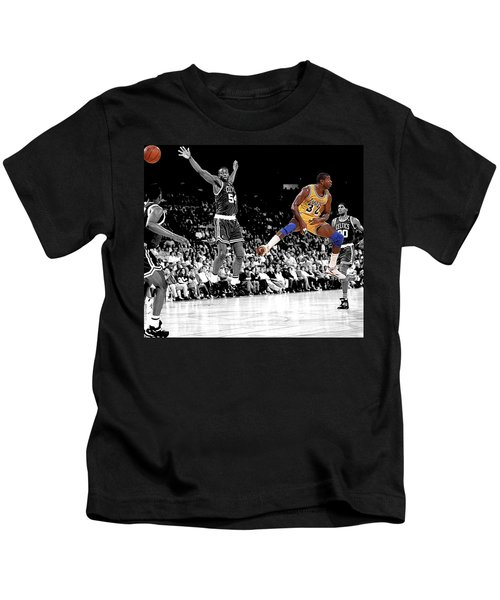 No Look Pass Kids T-Shirt by Brian Reaves