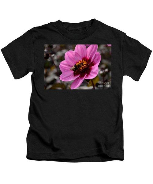 Nosy Bumble Bee Kids T-Shirt