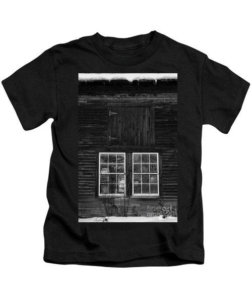 Old Barn Windows Kids T-Shirt