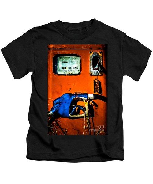 Old Farm Gas Pump Kids T-Shirt