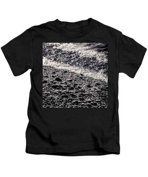 On The Rocks  French Beach Square Kids T-Shirt