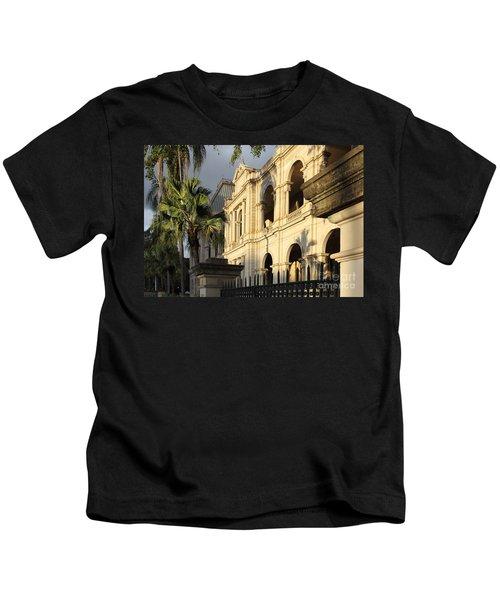 Parlament House In Brisbane Australia Kids T-Shirt