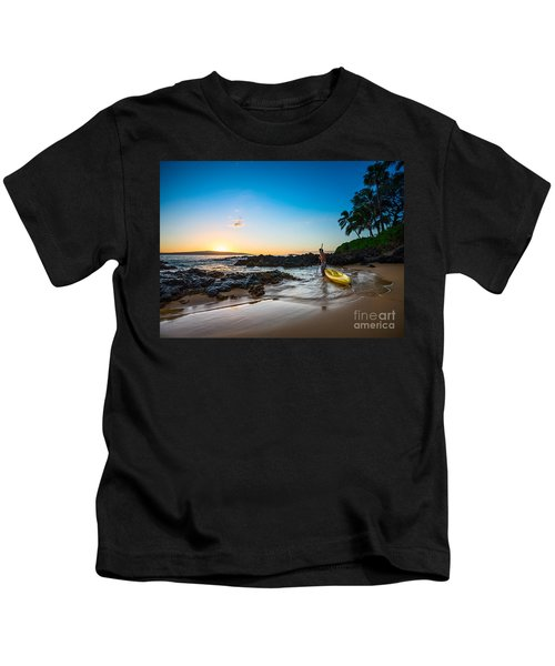 Perfect Ending - Beautiful And Secluded Secret Beach In Maui Kids T-Shirt