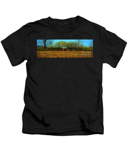 Plow Days Freeport Illinos   Kids T-Shirt