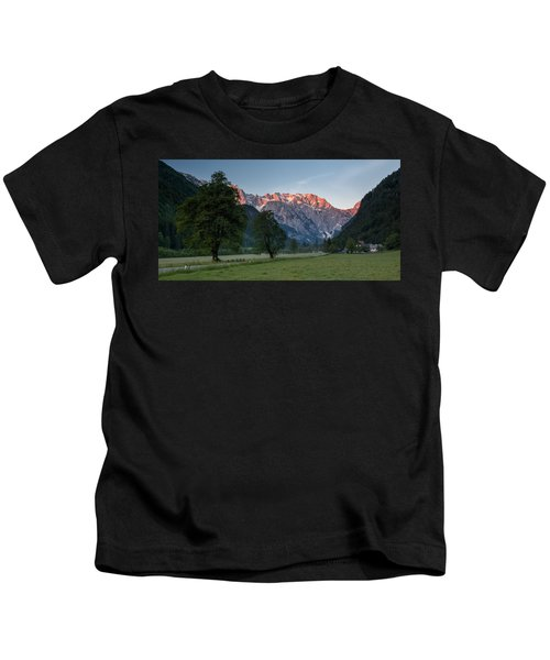 Red Peaks Kids T-Shirt