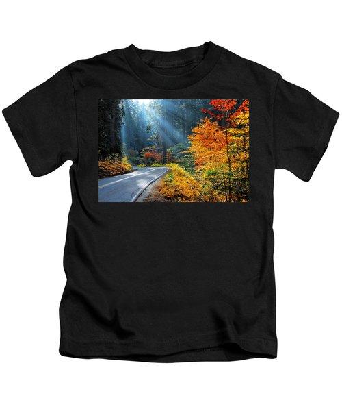 Road To Glory  Kids T-Shirt